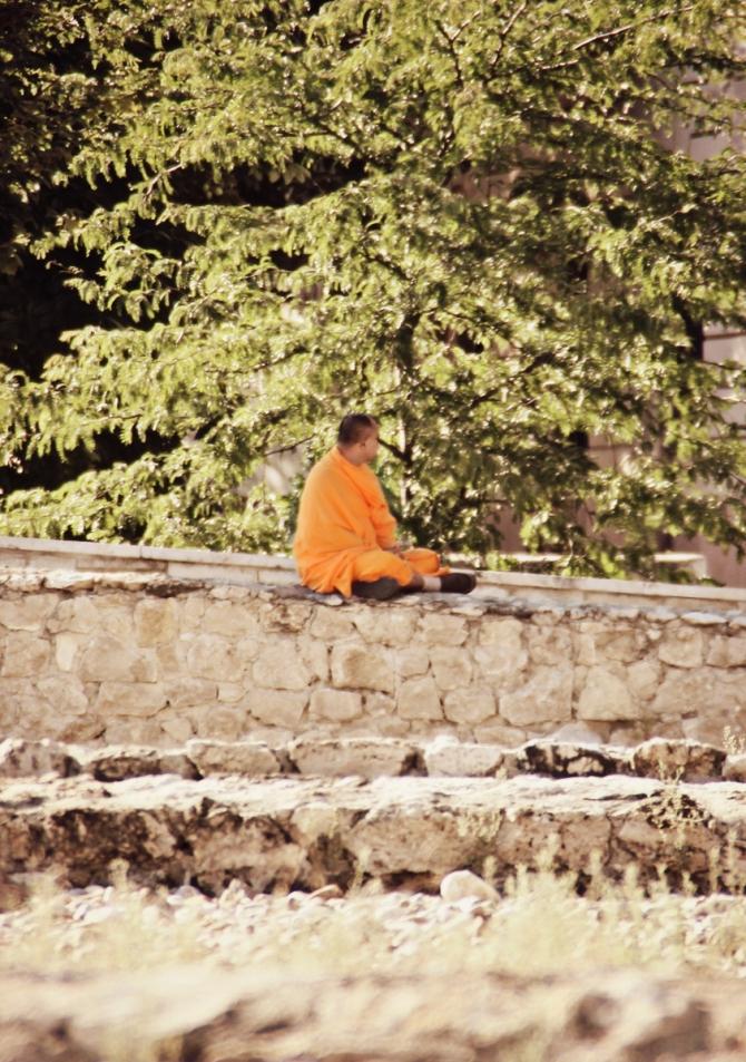 mnich-buddyjski
