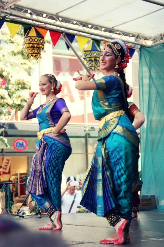 bharatanatyam2